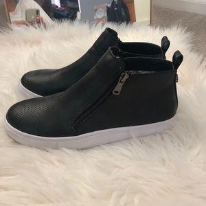 9261280deee Steve Madden Shoes - Steve Madden Erlina Sneaker